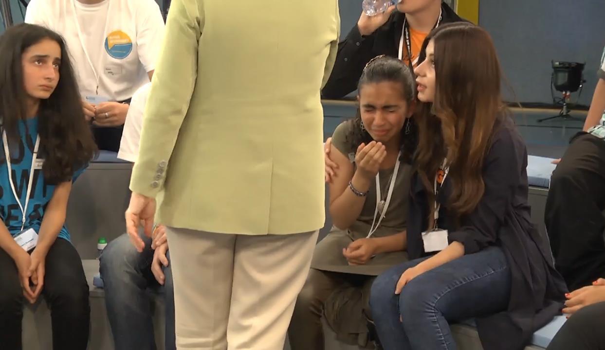 Dlaczego młoda Palestynka Reem po słowach Kanclerza Niemiec Merkel się rozpłakała?